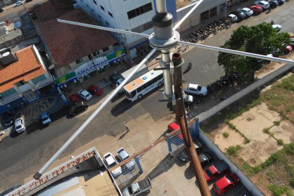 Antena plano terra estação fixa base