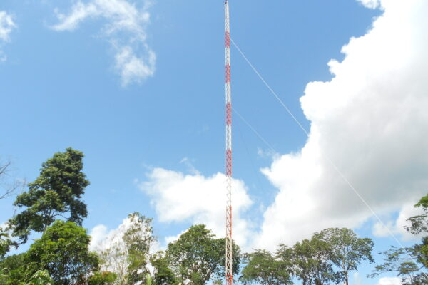 Torre Galvanizada Triangulo 0,35cm Contoneira Montada